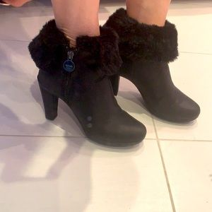 Geox Respira ankle high boots size 35